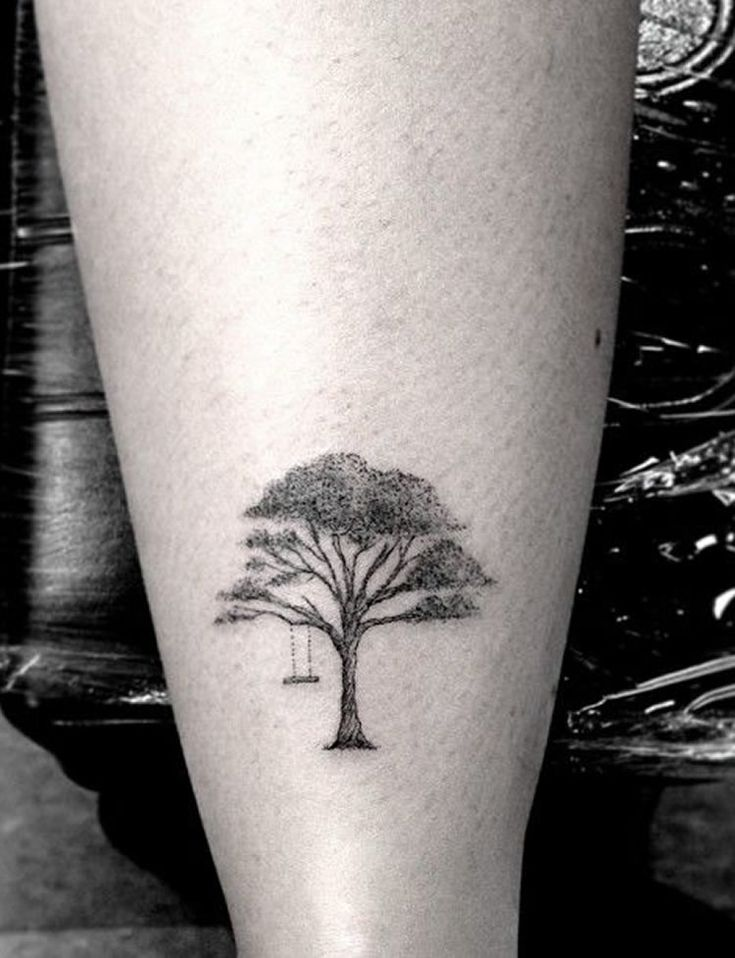 Tiny tattoo: 15 idee per piccoli tatuaggi femminili - Dressing and ...