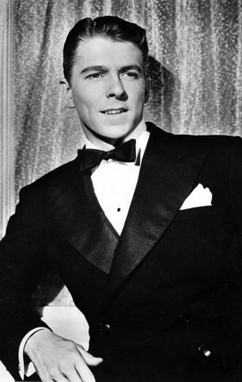 Ronald Regan looking Dapper (and rather handsome I must say!)