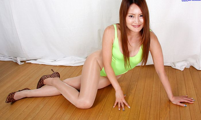 pantyhose smoking japanese
