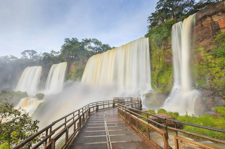 """On instagram by danielm.photographie #landscape #contratahotel (o) http://ift.tt/1SCSxEy""""C'était un si beau rêve..."""" #travel #travelphotography#photooftheday #photo #canon6d #vacation #holiday #iguacu #iguazu #fall #waterfall #cascade #jungle #argentine #paradise #nationalpark #southamerica  photography"""