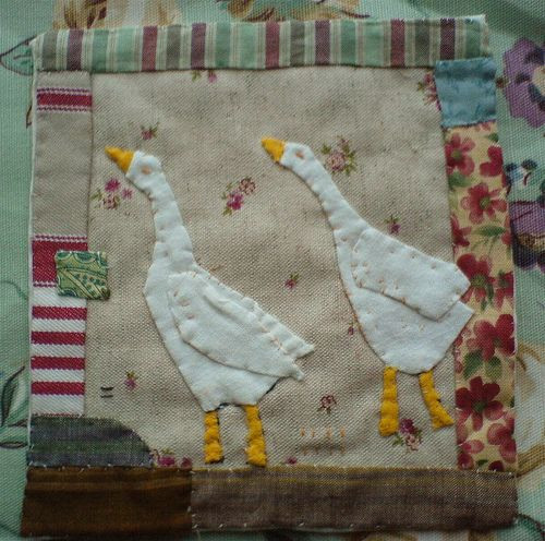 Janet Bolton Geese Block. Its OK to be imperfect . I love her work and her books are fantastic, user-friendly, and so inspiring (Meli)!!