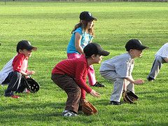 Tee ball coaching: Best tips on how to teach baseball skills for t-ball.