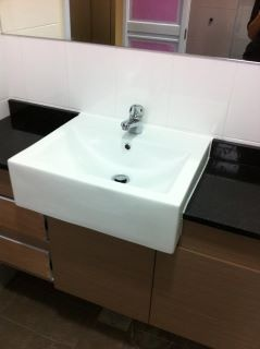 best 25 solid surface countertops ideas on pinterest kitchen counters black quartz kitchen countertops and granite kitchen counters