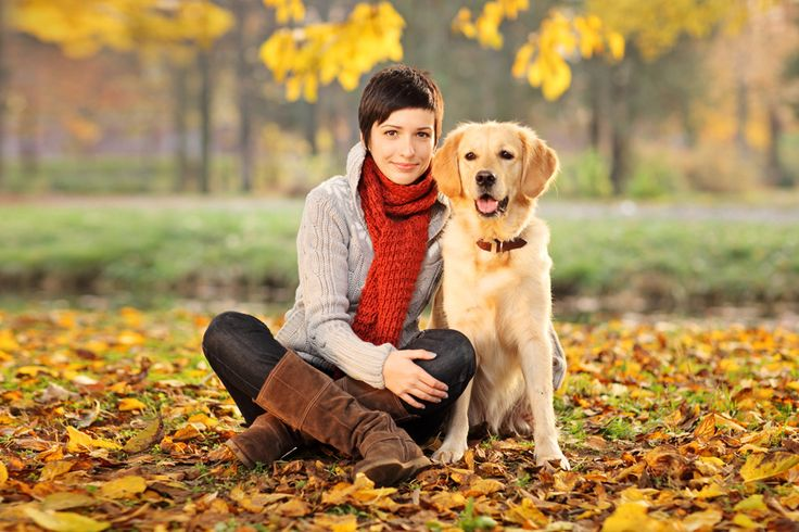 Fall Family Photos What To wear Young Mother and Dog (Labrador retriever)