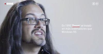 Romero Doom y el nacimiento de los e-Sports   John Romero es un titán. Fundó id Software junto a John Carmack (otro titanazo que ahora anda metido en Oculus) Adrian Carmack y Tom Hall a principios de 1991. Es uno de los creadores de juegos como Wolfenstein 3D Doom o Quake acuñó el término Deathmatch para referirse a las partidas en multijugador competitivo de tipo todos contra todos y su trabajo dio pie a lo que actualmente conocemos como e-Sports.  Con un bagaje así sería lógico pensar que…