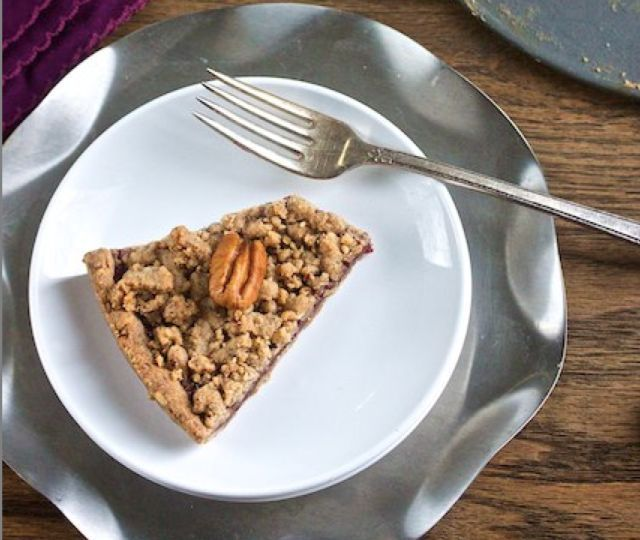 Pie: Raspberry Streusel, Vegan Recipe, Raspberry Pecan Streusel, Pie ...