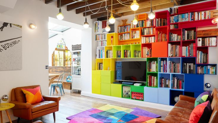 A boring flat gets a family-friendly makeover. Photography by Andrew Beasley. Designed by Avocado Sweets (avocadosweets.com/#about-us).