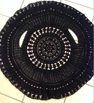 Crochet circle jacket pattern http://www.ravelry.com/patterns/library/crochet-circle-jacket