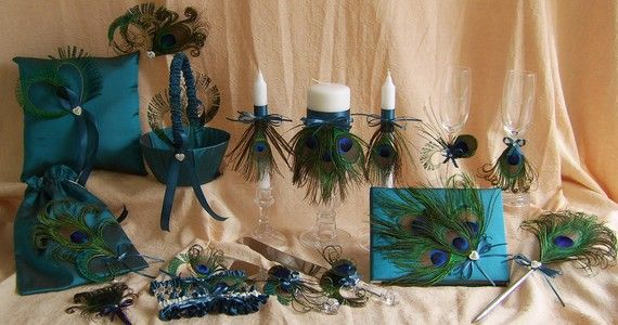 Etsy: Wedding Accessories, Peacock Feathers, Peacocks, Wedding Ideas, Weddings, Peacock Wedding, Peacockwedding, Teal Wedding, Dream Wedding