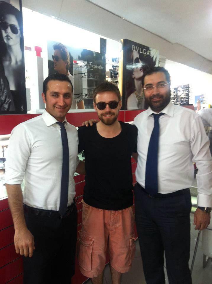 Murat Dalkılıç.. Biz 25 yaşındayken İzmir'de doğdu,  Başarıları gururumuz,  bizi tercih etmesi mutluluğumuz oldu.