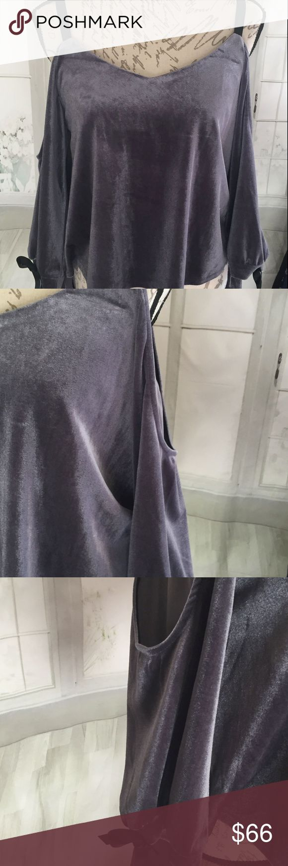 """Romeo + Juliet Couture Women's Gray M NWT Cold Sho Has cold shoulders and an open back. 96% polyester and 4% spandex and lined in 100% polyester. Hand wash cold. 19""""-22"""" from bottom of strap, 17"""" bust. High low 10 ounces. Romeo & Juliet Couture Tops"""