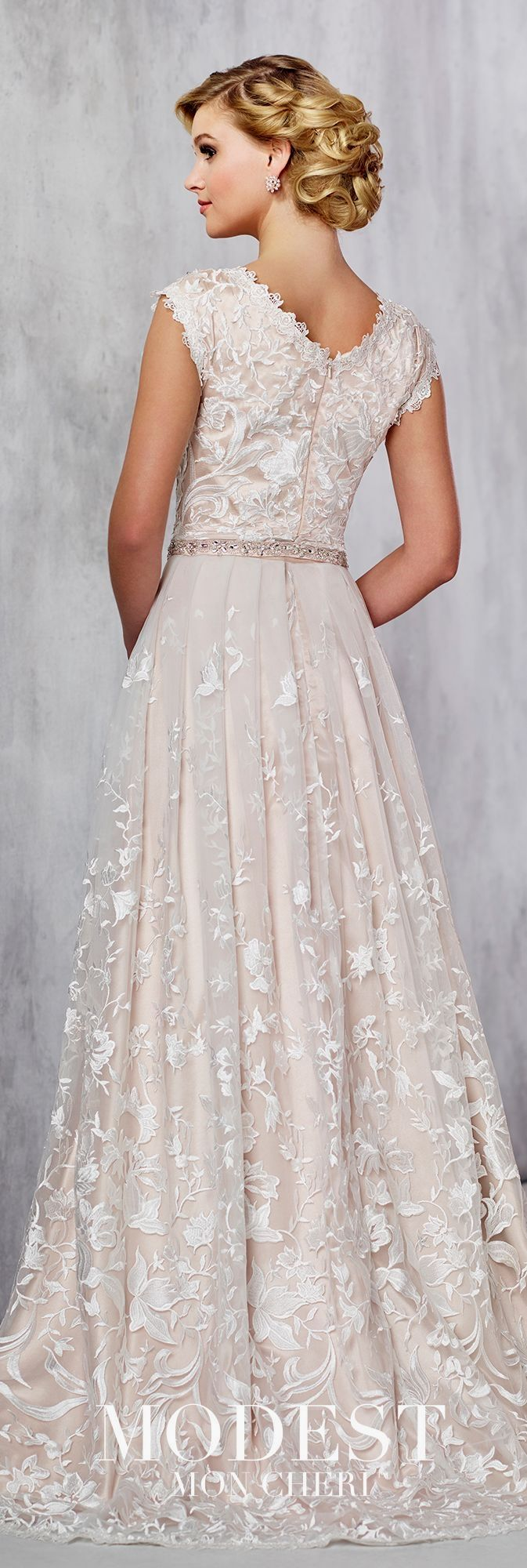 Trying on wedding dresses for the first time  Bridal Wedding Dress  Dresses For Beautiful Brides  Pinterest