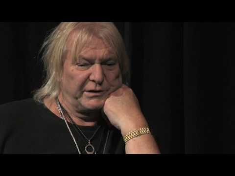 ▶ Chris Squire of Yes - Meeting Jimi Hendrix - YouTube