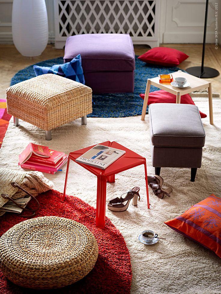 Vardagsrummet med puffar kan varieras i det oändliga och anpassas till allt från familjefredag till glöggmys eller fest med dansgolv.