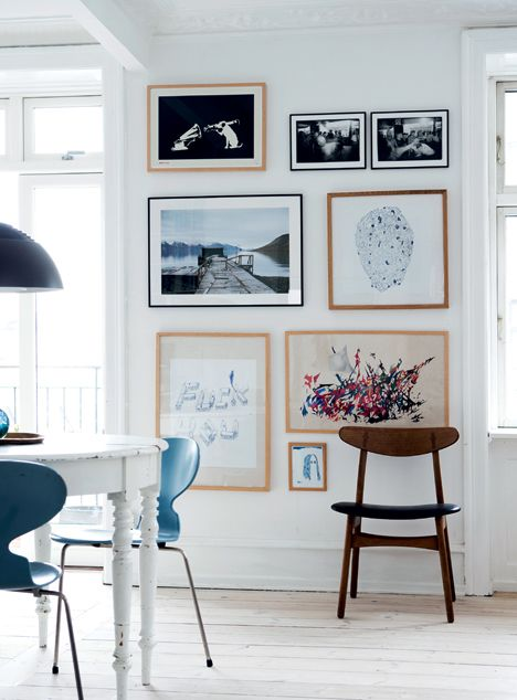 Pretty gallery wall //