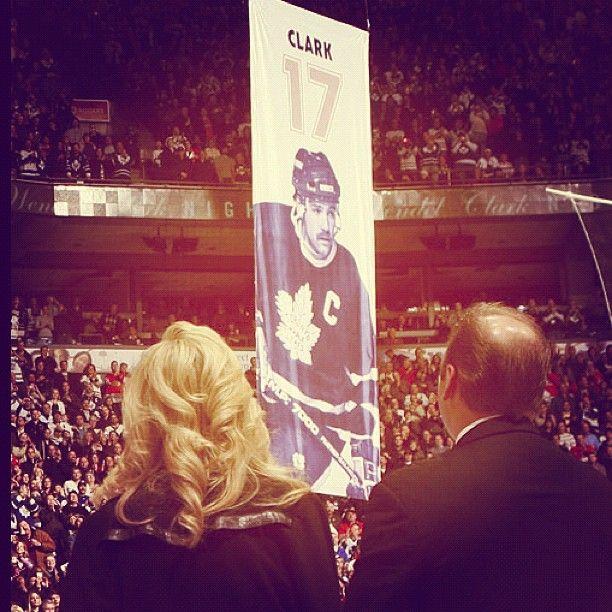 Happy birthday to Leafs legend Wendel Clark