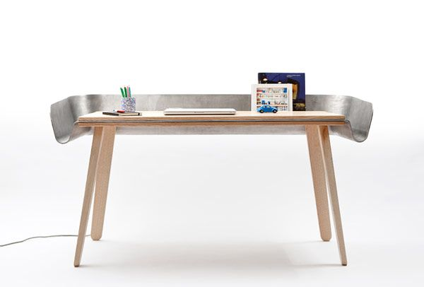Creative Home Desk With an Intriguing Feature: The Homework Table