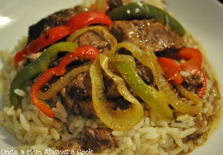 beef tips: Rice, Meals, Crock Pot Beef, Beef Crock Pots, Yummy Food, Beef Tips Ric, Crockpot Beef, Sound Yummy, Crock Pots Beef