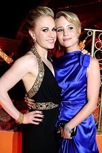 Anna Paquin and Dianna Agron