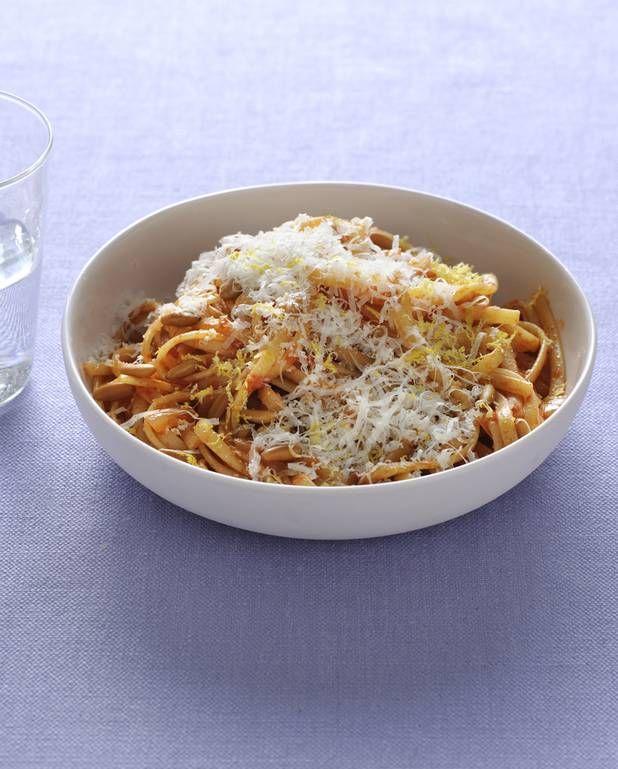 Pâtes tomate, citron et parmesan pour 4 personnes - Recettes Elle à Table