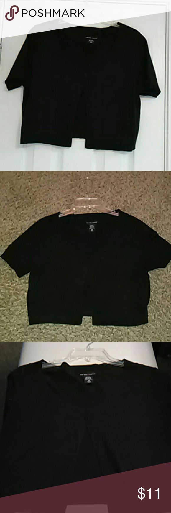 Ladies Cardigan Sweater Black short sleeve top New York & Company Tops