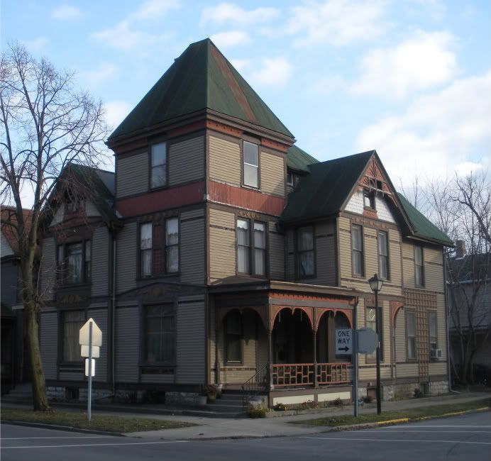 Best 44 Best Late Victorian Scalloped Shingles Images On Pinterest 400 x 300