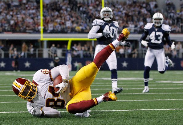 redskins beat cowboys | Niles Paul #84 of the Washington Redskins scores a touchdown against ...