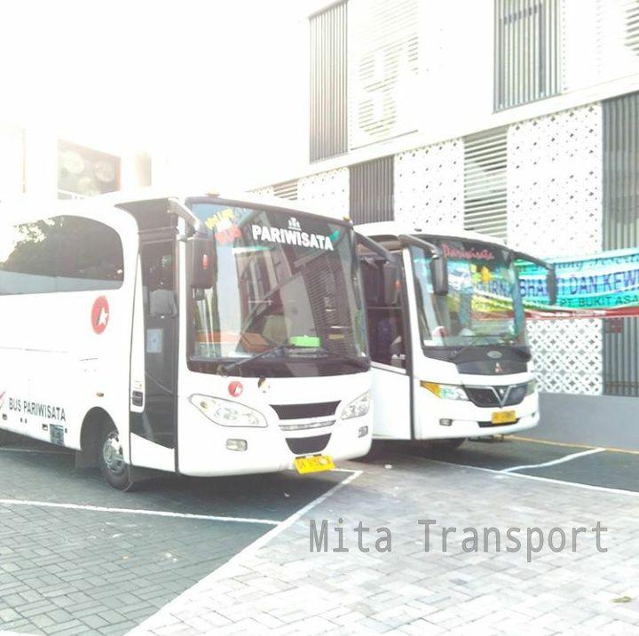 Bus Pariwisata Seat 25 termasuk kategori bus pariwisata berukuran medium yang memiliki kapasitas 25 kursi penumpang.     Sewa Bus Solo deng...