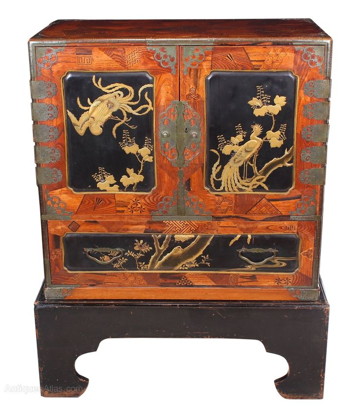 Japanese Cabinet On Stand   Antiques Atlas. 19 best Antique Japanese Furniture images on Pinterest   Japanese