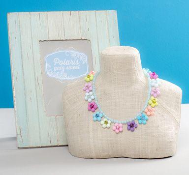 Anleitung für eine Polariskette mit Polarisperlen, Modellierdraht und Swarovski Elements Perlen - süße Blumenkette mit Polaris gala sweet.