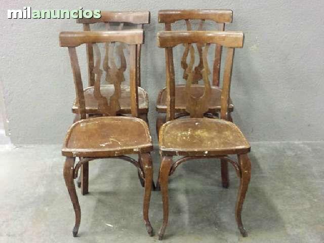 Antiguas 4 sillas de madera para restaurar buen estado se for Como restaurar puertas de madera antiguas