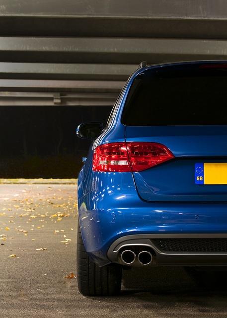 2011 UK Audi A4 Avant S-Line Black Edition in Aruba Blue. 2.0TDi Multitronic 8 speed.