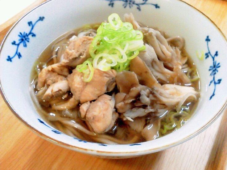 年越しそばに♪ゴマ香る~鶏肉と舞茸の蕎麦 by AKARU☆ [クックパッド] 簡単おいしいみんなのレシピが225万品