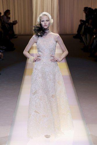 Abito da sposa Giorgio Armani Privé autunno inverno 2013 2014 - Gli abiti da sposa della Haute Couture autunno inverno 2013 2014