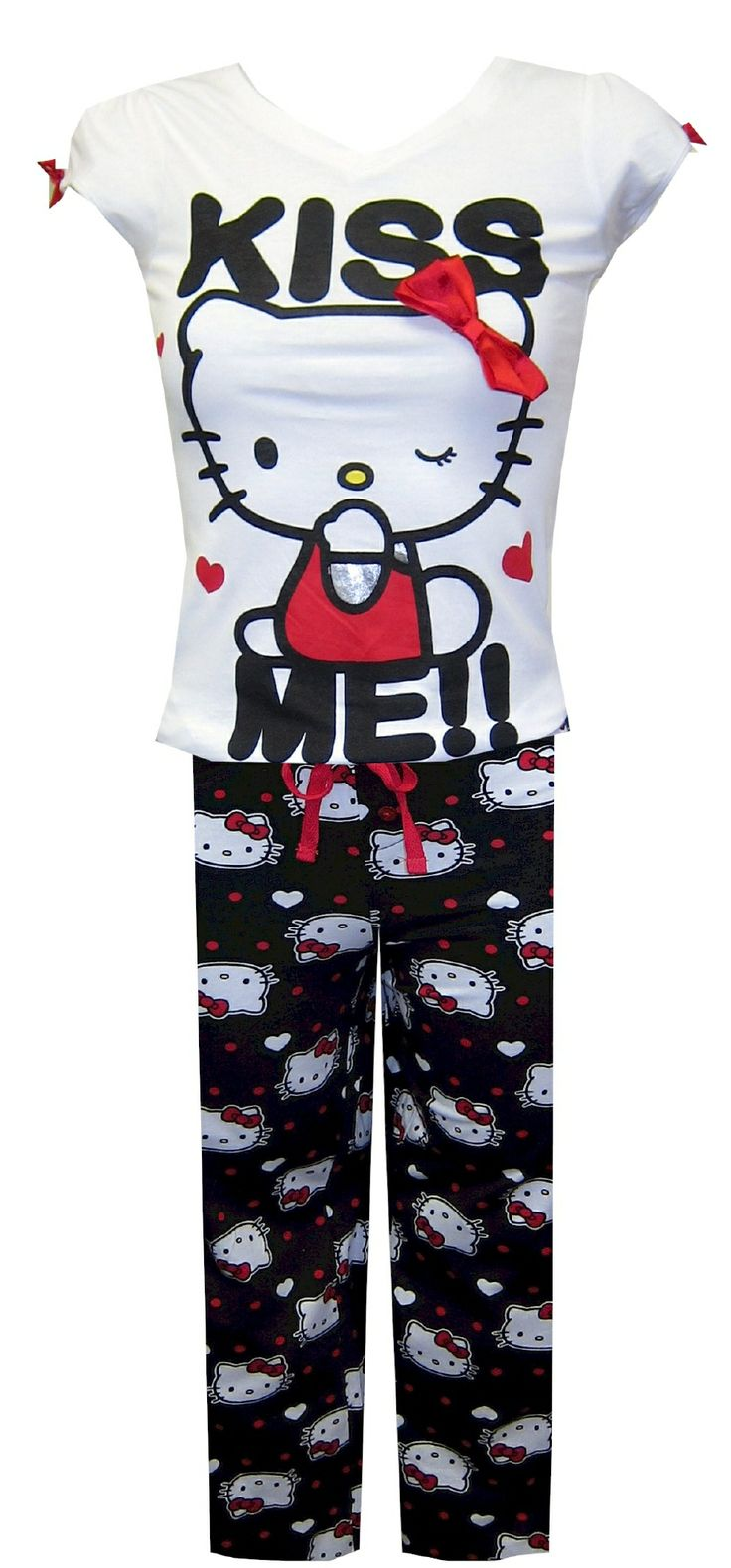 Black and white hello kitty shower curtain - Hello Kitty Kiss Me Sleep Set