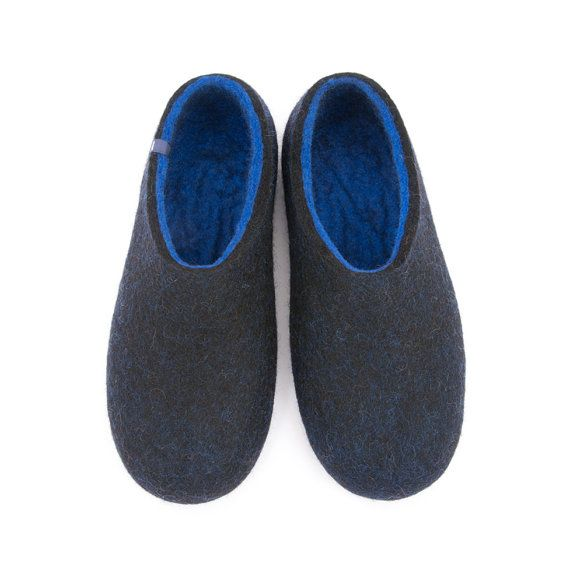 "Men's Felted Wool Slippers ""Dual"" Black Blue hand felted in merino wool by Wooppers Woolen Slippers // House Clogs a perfect gift for him."