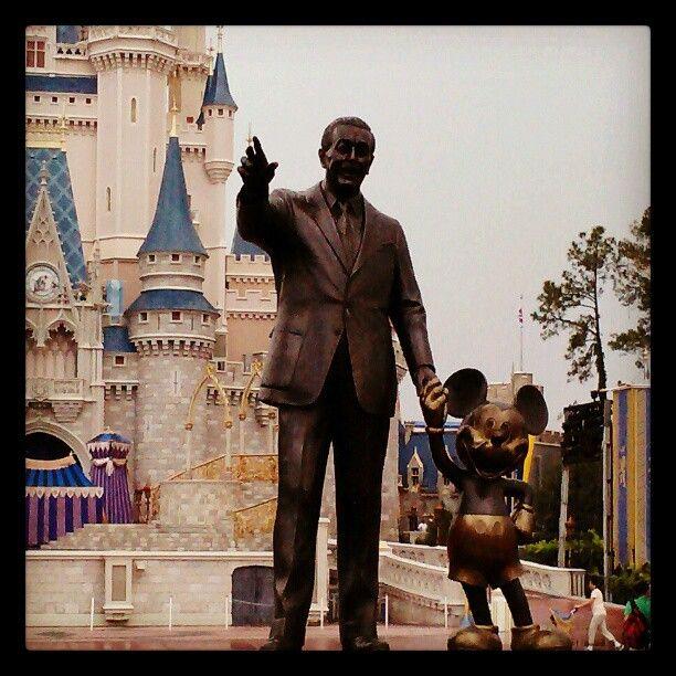 Walt Disney WorldWalt Disney World, Adventure, Favorite Places, Happiest Places, Magical Places, Magic Places, Disneyfil Dreams, Statues Hotels, Disney Worlds