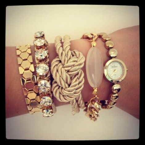 stacked bracelets | Stacked Bracelets Trends | Voguepk.com