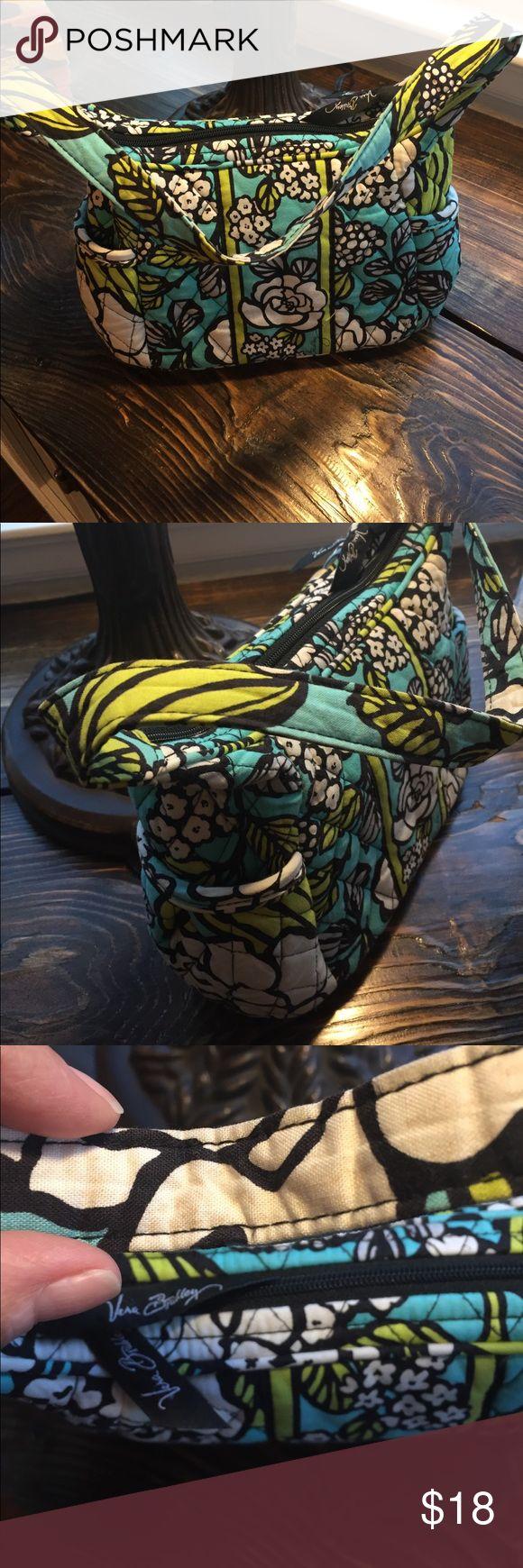 ✨sale- Vera Bradley small bag 10x6x3. Some spots on the handle and inside Vera Bradley Bags Mini Bags