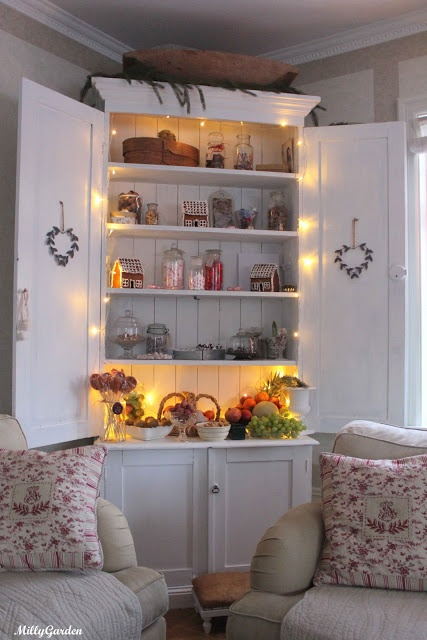 Lovely Warm White Living Room Fairy Lights 497 best Fantastic Fairy Lights  images on Pinterest   Fairy  . Pinterest Fairy Lights Living Room. Home Design Ideas