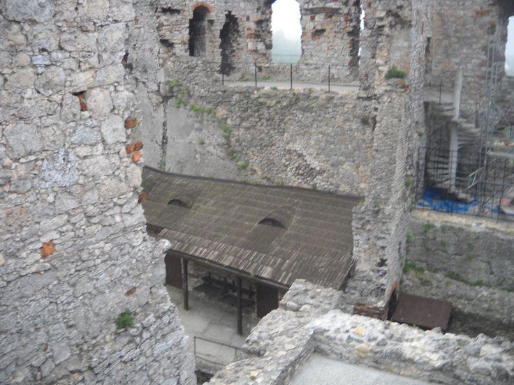 Wnętrze zamku.