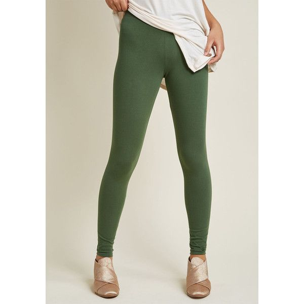 Simple and Sleek Leggings ($19) ❤ liked on Polyvore featuring pants, leggings, olive green pants, green camo pants, military green pants, army green leggings and legging pants