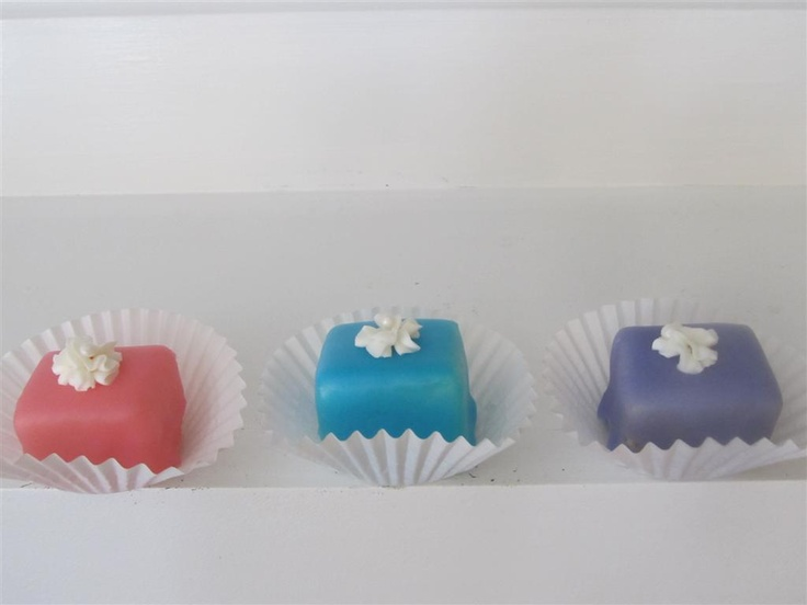 how to make petit fours icing