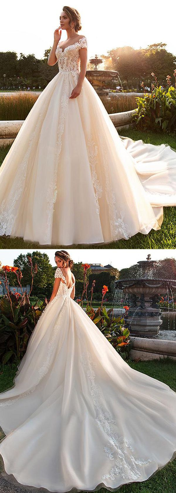 Delicate Tulle Scoop Neckline A-line Wedding Dress With Beaded Lace Appliques