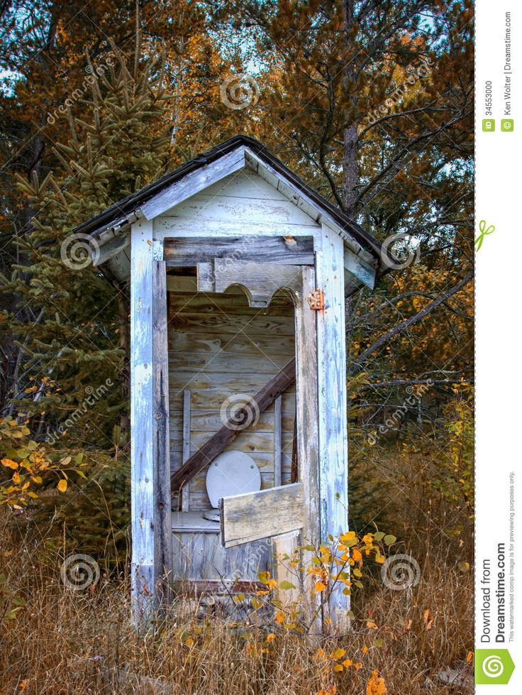 dilapidated-outhouse-rural-wisconsin-countryside-34553000.jpg (977×1300)