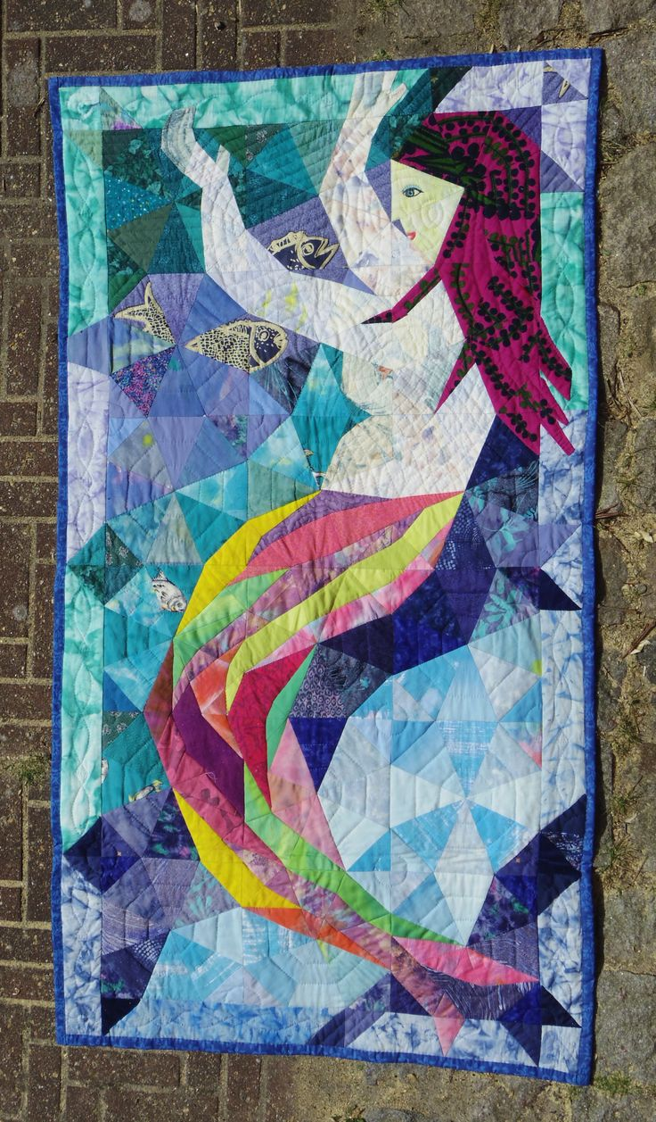 Mermaid, kalaidoscope pattern. Karin Emborg Gjersøe, 1998. Handpieced - and quilted.