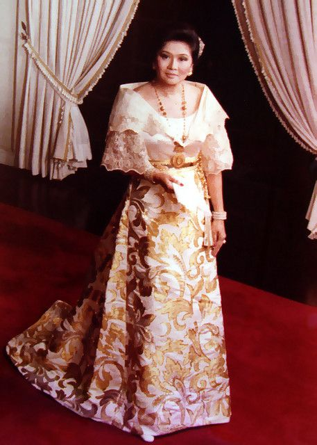 Imelda Marcos Wearing A Traditional Filipiniana Terno Of The Philippines Cultural Fashions