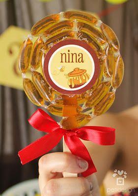 Pirulito de mel, uma excelente idéia! e pode ser com doce de leite...