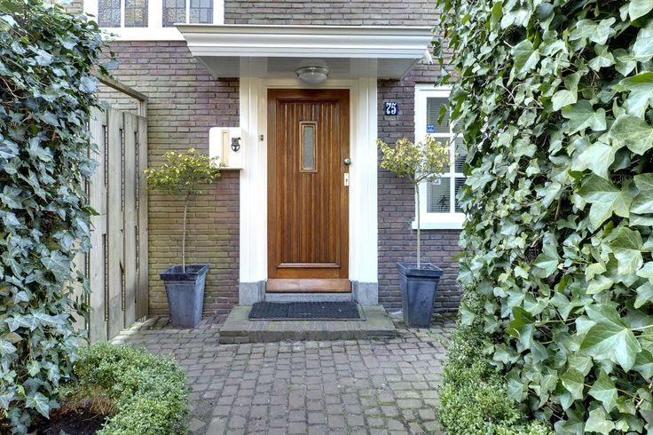 Jaren30woningen.nl   Voordeur van een jaren 30 woning