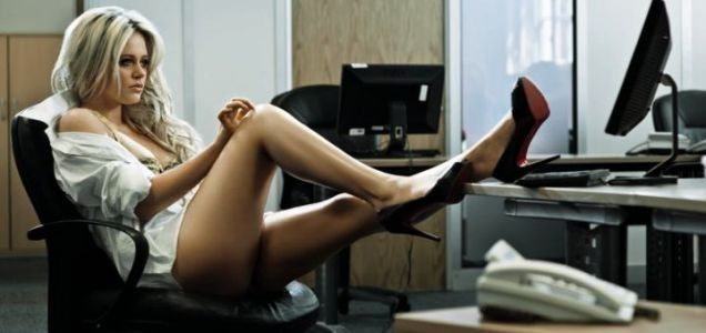 Recopilamos las historias más calientes de sexo entre compañeros de trabajo
